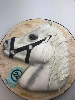 Arabian white Horse  - Cake by Emi
