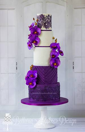 'Romantic purple' - Cake by Bellaria Cake Design