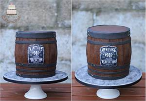 Whiskey barrel cake  - Cake by Sylwia