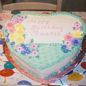 Birthday Heart Basket - Cake by Julia