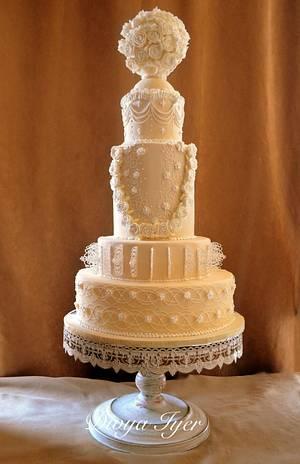 Royal wedding cake -cpc collabration #kissingfrogs  - Cake by Divya iyer