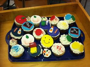 Back to School Cupcakes - Cake by Maureen