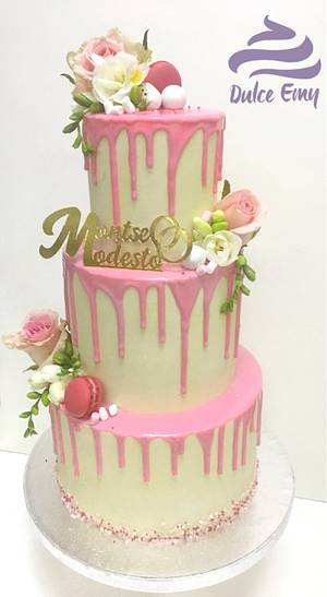 Wedding drip cake - Cake by Emy