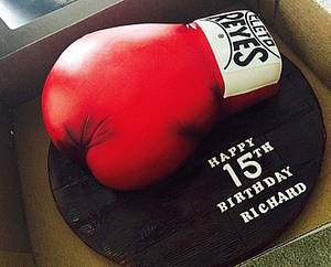 Boxing Gloves - Cake by AngelsBakeShop