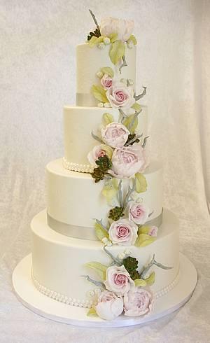 Peony and rose wedding cake - Cake by Sannas tårtor