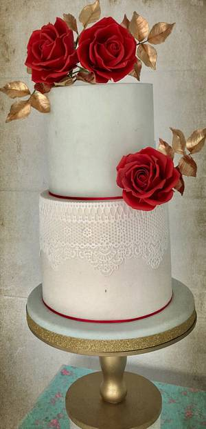 Red and gold  - Cake by Griselda de Pedro