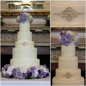 Regency Elegance - Cake by TiersandTiaras