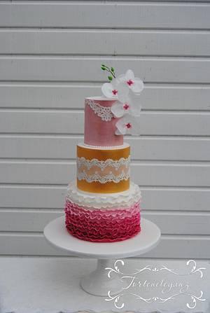 Spring Wedding Cake  - Cake by Torteneleganz