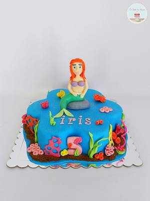 Disney Ariel Cake - Cake by Ana Crachat Cake Designer