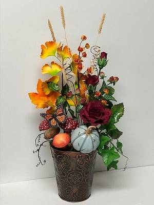Fall arrangement - Cake by Patricia M