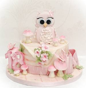Cute Owl cake - Cake by Samantha's Cake Design