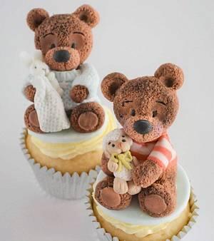 Baby Bear Cupcakes - Cake by Juliana's Cake Laboratory