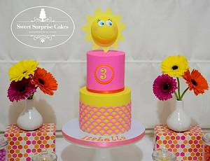 You Are My Sunshine - Cake by Rose, Sweet Surprise Cakes