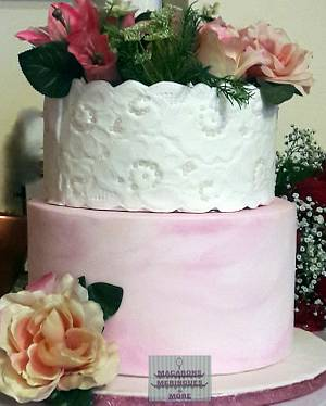 Lace Wedding Cake - Cake by RupalsCakes (MACARONS MERINGUES &MORE )