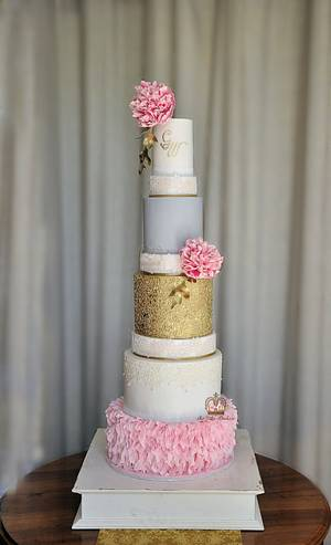 Glamorous Elegance - Cake by Sumaiya Omar - The Cake Duchess