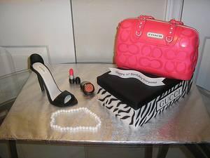 Fashionista - Cake by Kimberly Cerimele