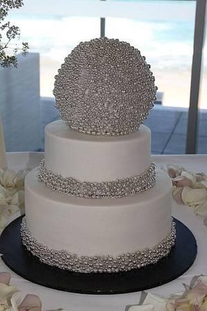 New year's wedding cake - Cake by lostincakes