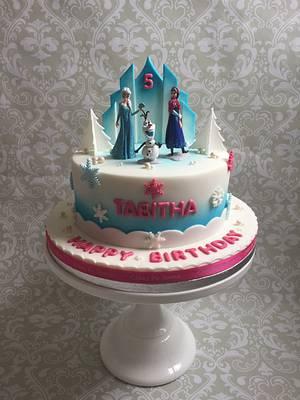 Frozen cake - Cake by teresascakes