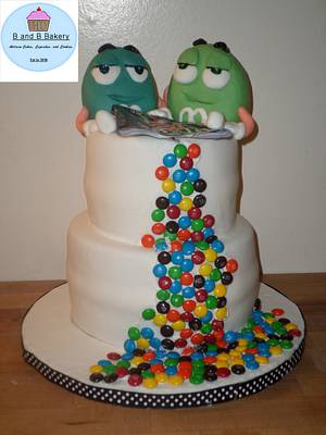 M&Ms Cake - Cake by CakeLuv
