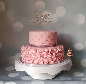 Sweet 16 - Cake by Pluympjescake