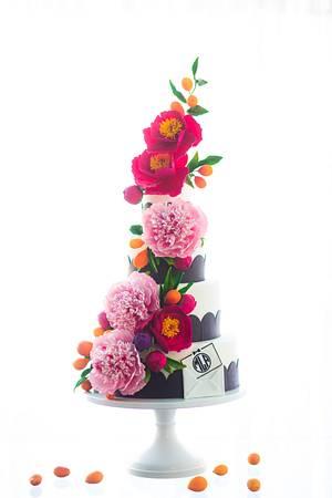 Preppy Monogram Sugar Flower Cake - Cake by Alex Narramore (The Mischief Maker)