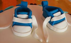 Baby sneakers - Cake by bolosdocesecompotas