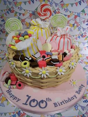 Betty's 100th Birthday - Cake by SueC