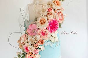 """""""Floral Fantacy"""" - Cake by Sugar Cakes"""