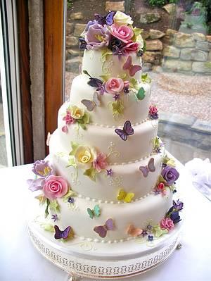 5 tier Country garden wedding cake - Cake by Lynette Horner
