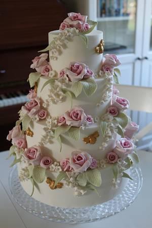 English Rose - Cake by The Skylark Bakery