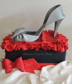 Silver Shoe - Cake by Shereen