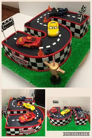 Cars 3 race track cake - Cake by mycakeadoodle