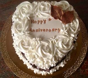Romantic Anniversary Cake - Cake by Angele Calleja