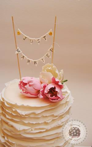 Ruffles & Tulips Wedding Cake - Cake by Mericakes