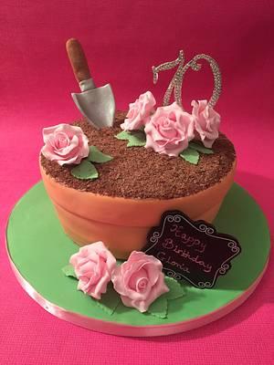 Surprise 70th birthday cake - Cake by Roberta