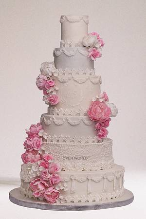 The floral wedding cake - Cake by Seema Bagaria