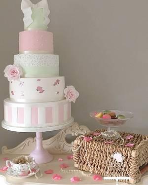 Vintage Wedding Cake - Cake by Sweet Alchemy Wedding Cakes
