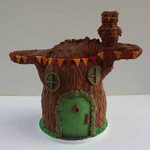 Cake Frame Tree for Fairytale Forest - Cake by Marie's Bakehouse