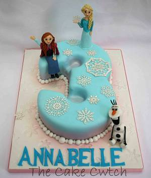 Frozen Number 3 - Cake by The Cake Cwtch