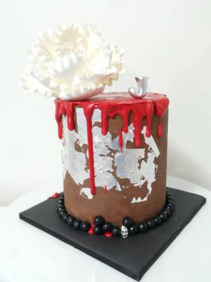 Gothic whispers... - Cake by Sweet Bea's