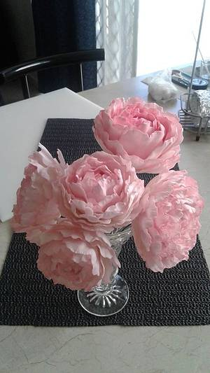 Peony flowers - Cake by Grans Cakes