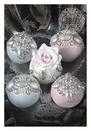 Jewelled sphere cakes - Cake by Roses by Moonlight
