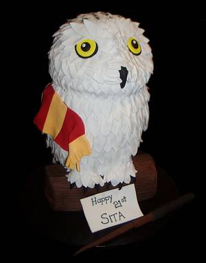 Hedwig Harry Potter Cake - Cake by Nada