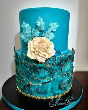 Torta compleanno con nuova tecnica sugar sheets - Cake by CakeMonica