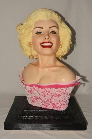 Marylin Monroe - Gone but not forgotten - Cake by Claudia_De_Lorenzi