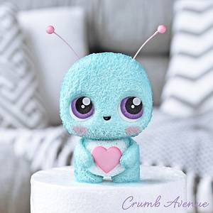 Cute Little Bug Cake Topper - Cake by Crumb Avenue