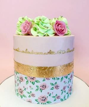 Floral Cake  - Cake by Buttercut_bakery