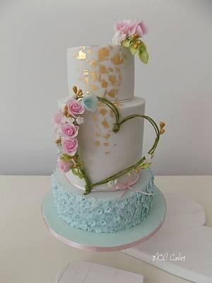 Heart  - Cake by MOLI Cakes