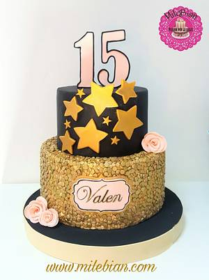 Sequins cake for 15th birthday - Cake by MileBian