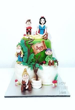 Snow White & Dwarfs - Cake by Josipa Bosnjak